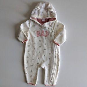 NWOT - Baby GAP Fleece Suit
